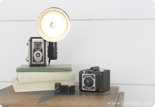 DIY-vintage-camera-lamp on stack of books