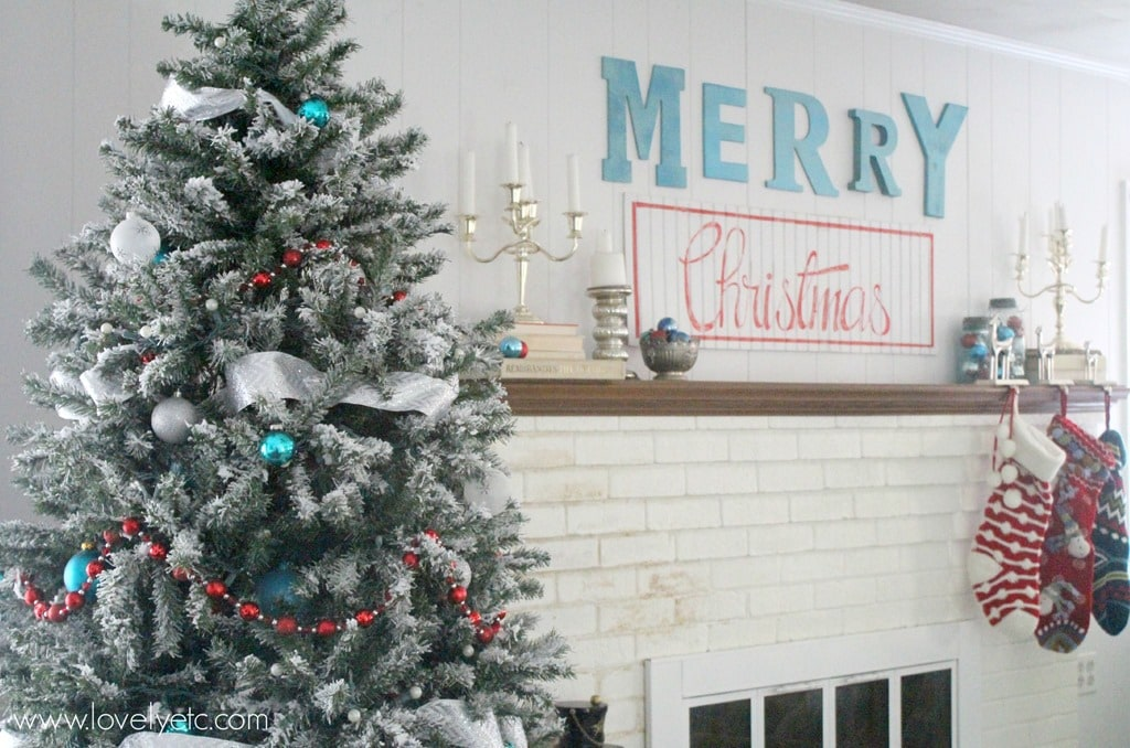 Aqua and Red Christmas Home Tour - Lovely Etc.