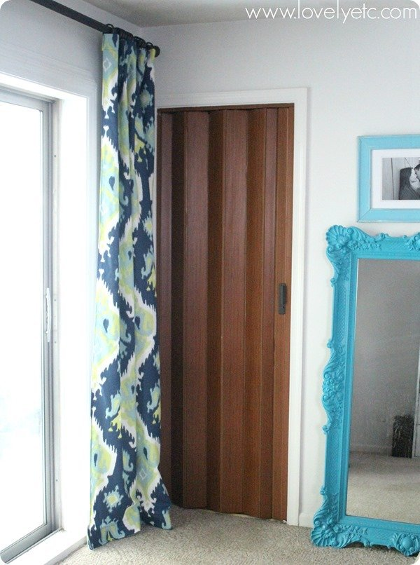 accordion door in bedroom