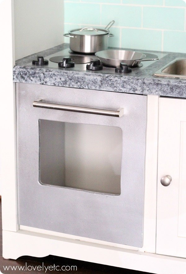 play kitchen stove and oven