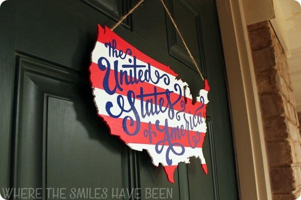 Patriotic-USA-Map-Door-Hanger-Angle-Left