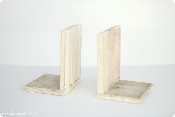 wooden-bookends_thumb.jpg