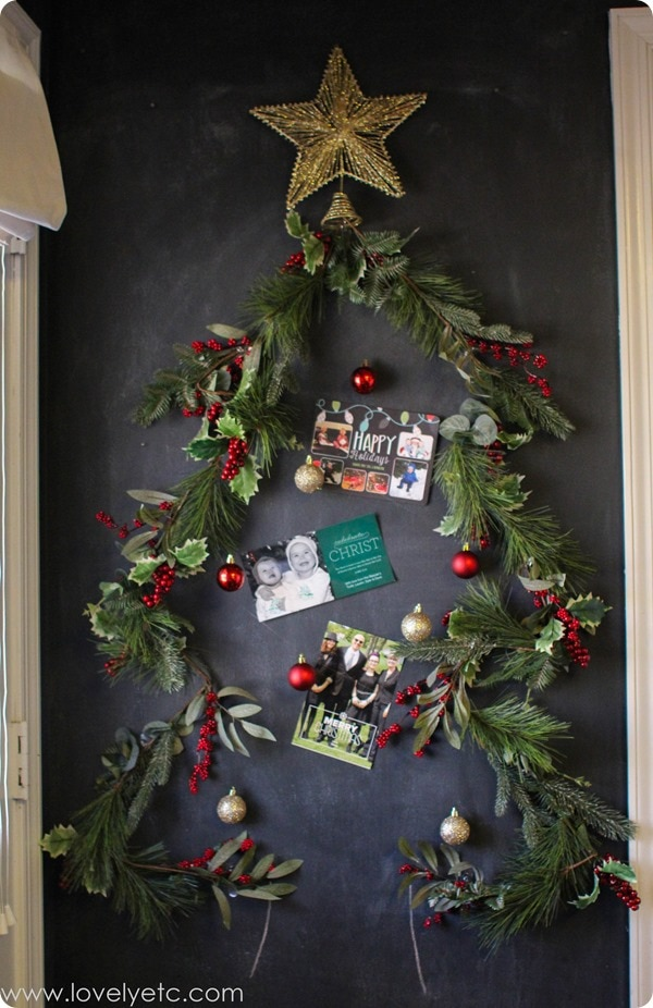 Christmas garland card display