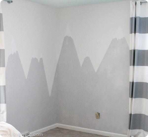 paintint mountain mural