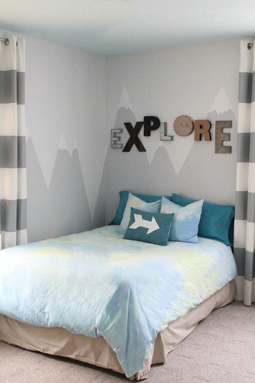 A mountain mural for the little explorer lovely etc for Mural room white house