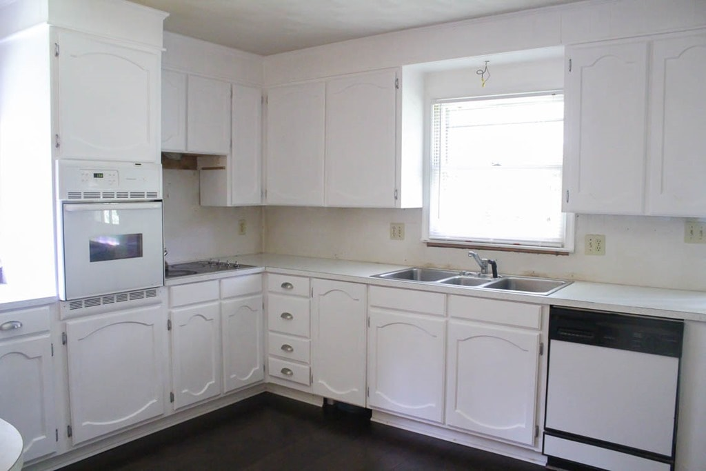 painted oak kitchen cabinets painting oak cabinets white an amazing transformation 3997