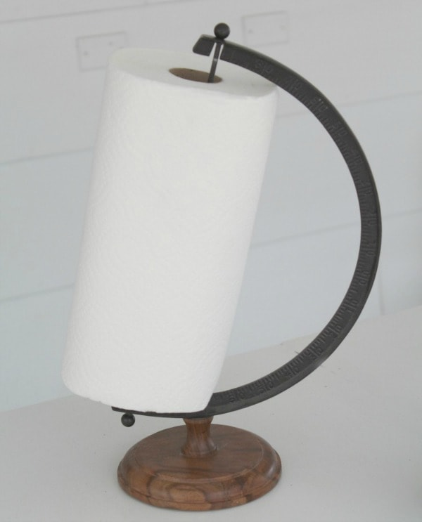 paper towel holder made from a globe stand