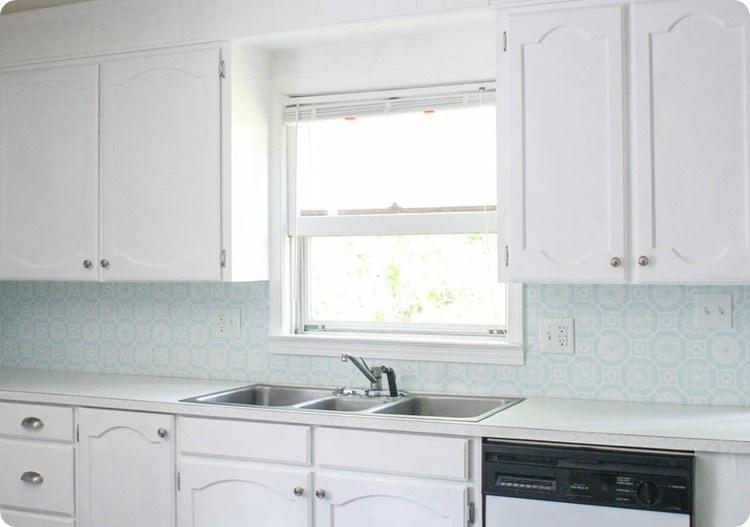 painted kitchen backsplash
