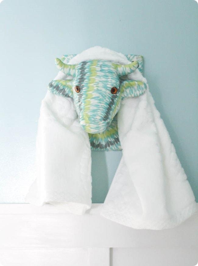 animal head towel rack