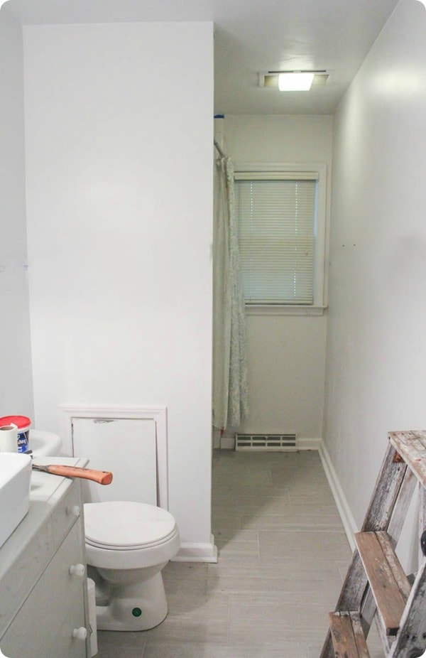 boring white bathroom