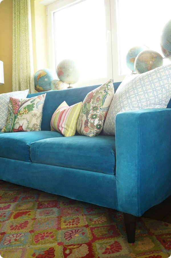 making a DIY slipcover for your sofa