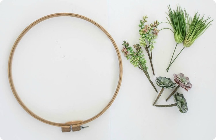 supplies for succulent wreath