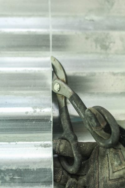 how to cut galvanized metal