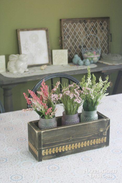 diy flowerbox centerpiece