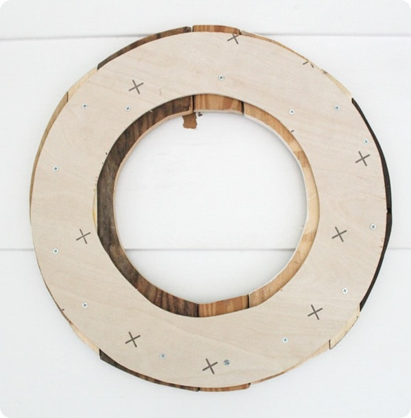 wood wreath backing