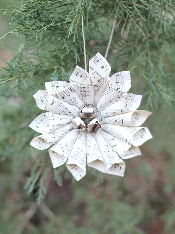 Christmas music ornaments and free printable Christmas ...