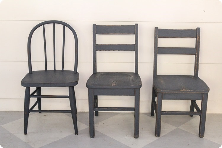 how to paint wooden chairs