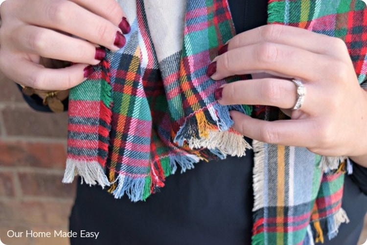 our home made easy flannel blanket scarf
