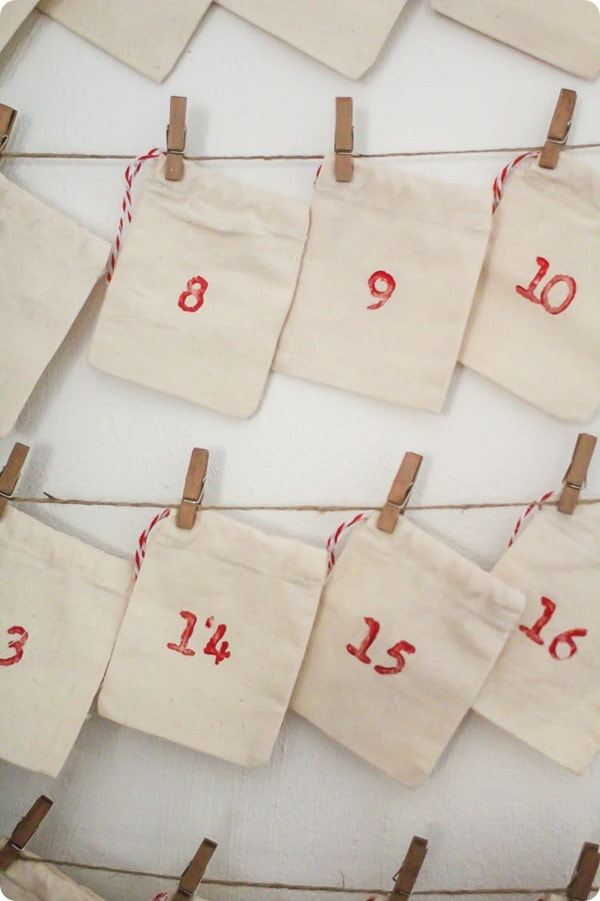 How To Make An Inexpensive Reusable Advent Calendar Lovely Etc