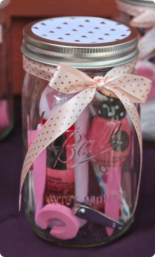 weekend craft DIY Manicure or Pedicure in a Mason Jar