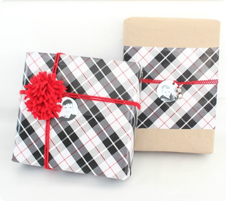 plaid wrapping paper, photo tags 2