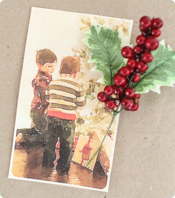 using photos to wrap gifts 2