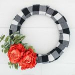 How to make a gorgeous buffalo plaid farmhouse wreath