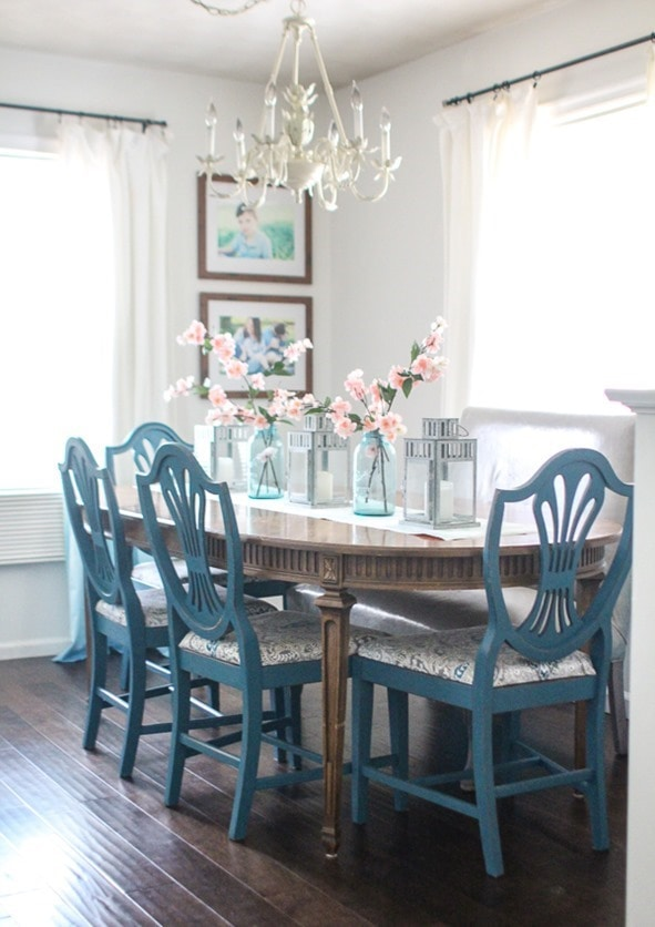 Simple, colorful spring table decor for cheap.