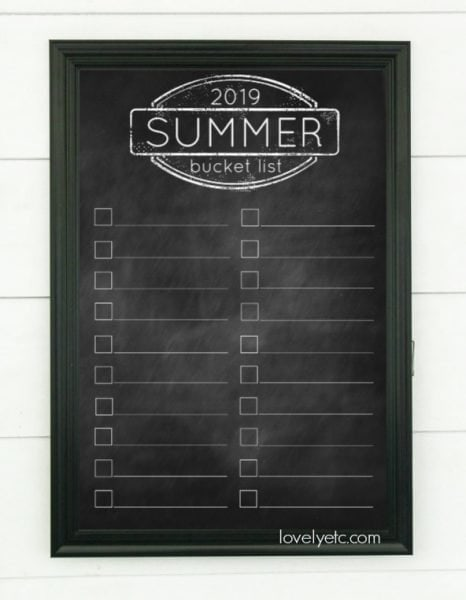 Free printable 2019 summer bucket list. Just print it out and add your own favorite summer activities.