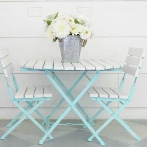 How to Paint Outdoor Furniture Like a Pro