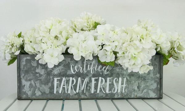 stenciled farmhouse centerpiece