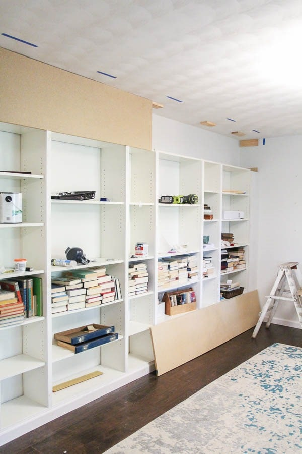 Simple tutorial for turning basic IKEA bookcases into beautiful built in bookshelves