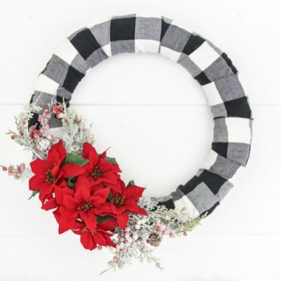 How to make a Beautiful Buffalo Plaid Christmas Wreath