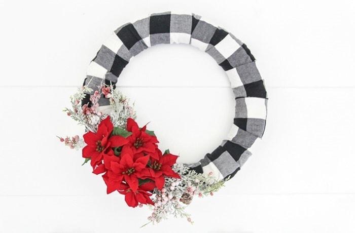 DIY buffalo plaid christmas wreath