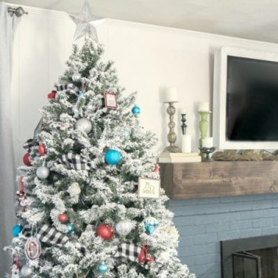 Decorating a Colorful and Cozy Christmas Tree