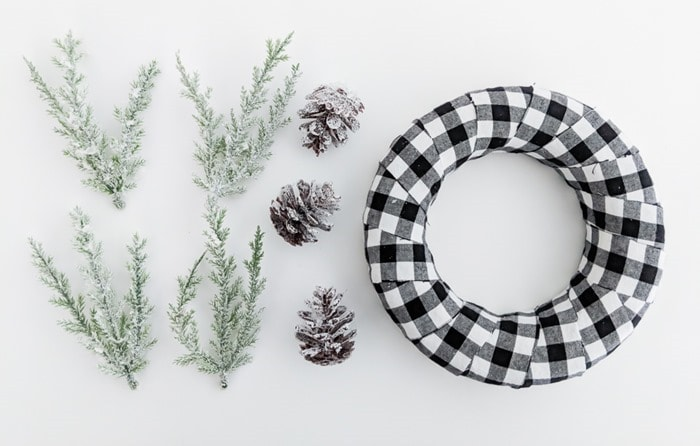 making a plaid ornament wreath