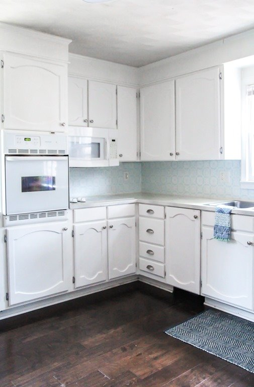 My Painted Cabinets Two Years Later, How To Repair Chipped Gloss Kitchen Cabinets