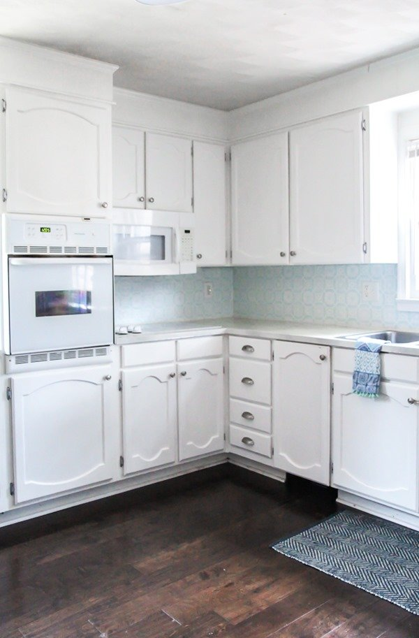painted kitchen cabinets update