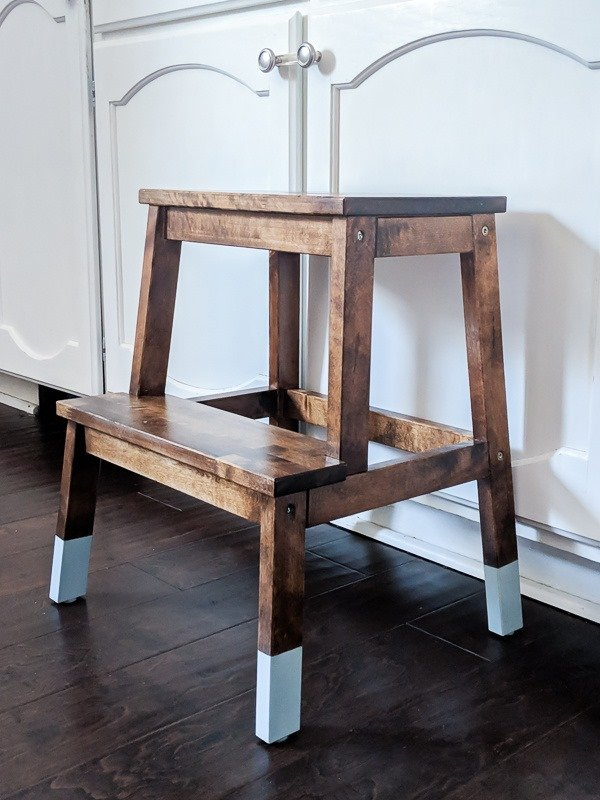 Easy IKEA step stool hack: this two toned step stool makeover is gorgeous!