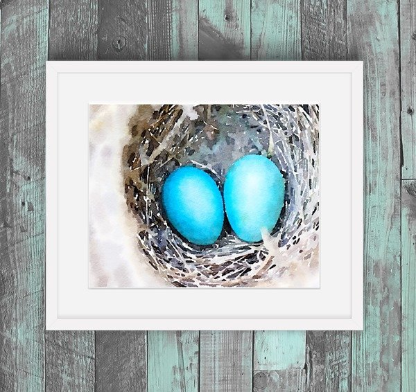 Free eggs in nest watercolor printable - perfect spring printable