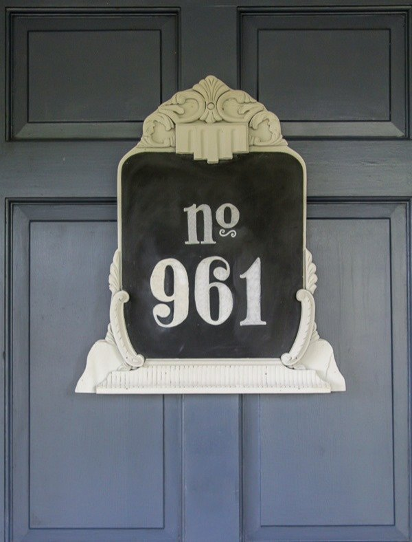 upcycled house number 3b