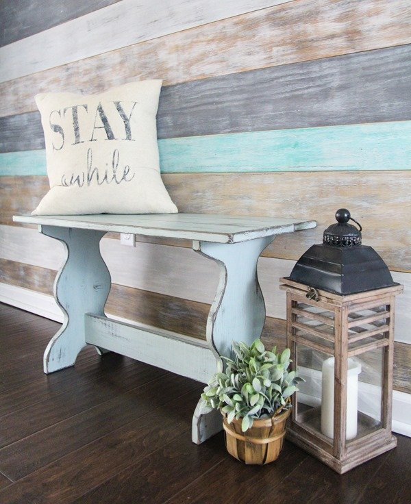 Vintage inspired DIY Farmhouse bench - DIY project from the book Wood Plank Projects by Carrie Spalding