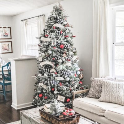 Decorating a Cheerful Farmhouse Christmas Tree