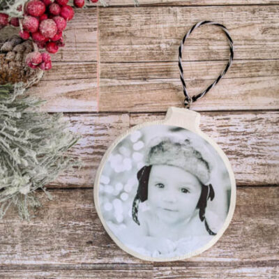 How to Make Easy DIY Photo Ornaments
