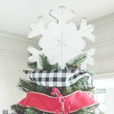15 Fun and Unique Christmas Tree Topper Ideas