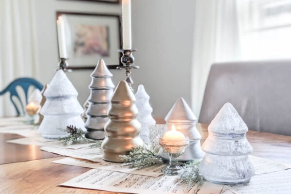 Simple DIY Christmas tablescape
