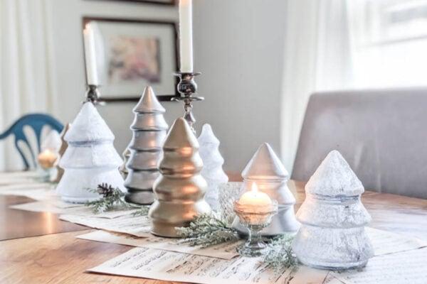 Simple DIY Christmas tablescape
