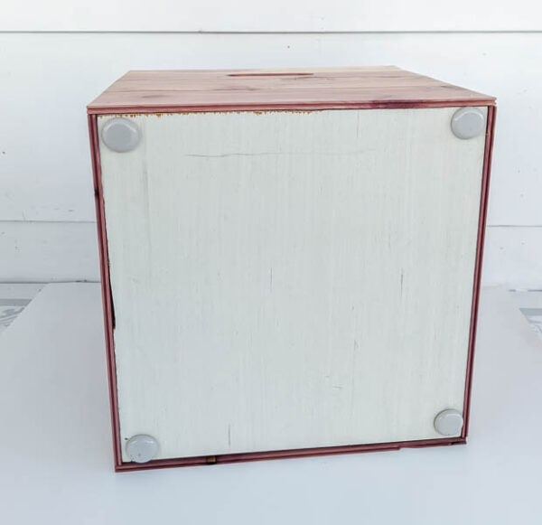 attaching bottom to diy wood storage cubes