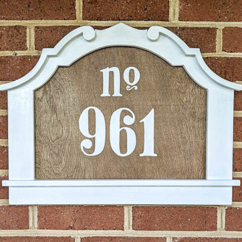 How to make a charming DIY house number sign