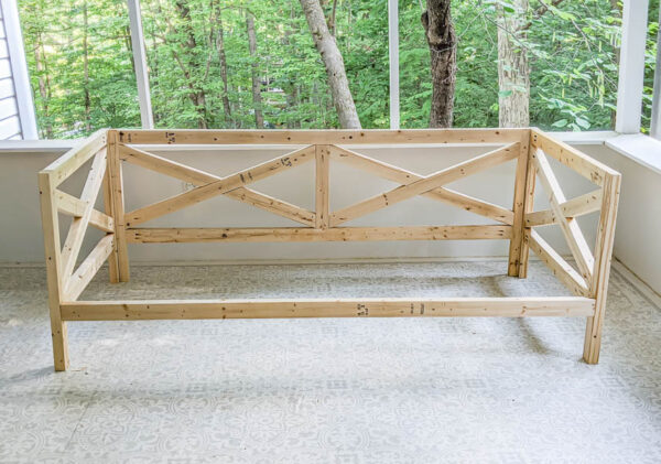 completed diy daybed frame before slats are added